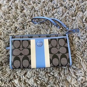 COACH new wristlet never used